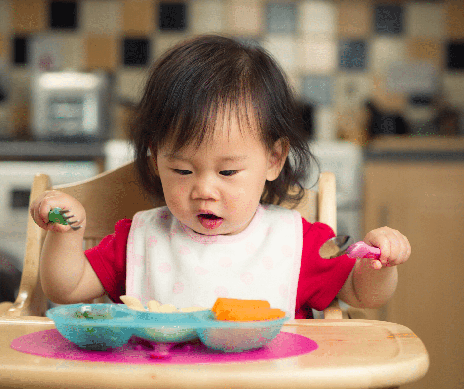 How to Help Your Baby Move from Pureed to Solid Foods